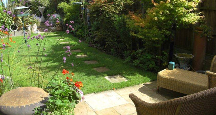 Amazing Small Garden Area Design Desi