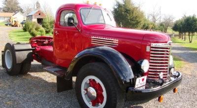 Antique Trucks Mack