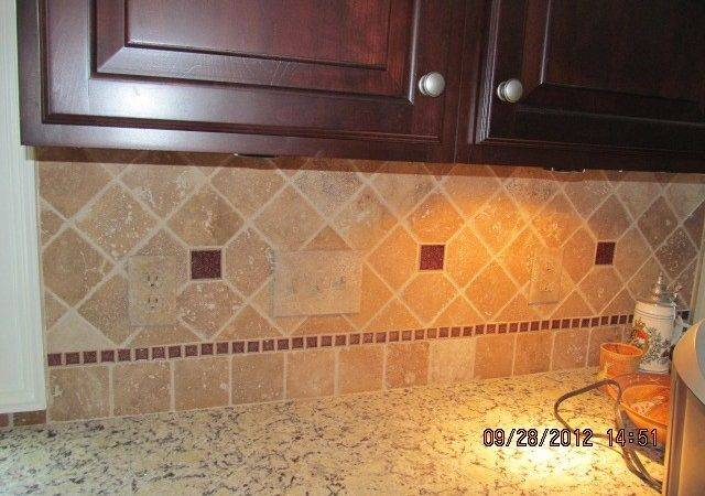 Appealing Brick Look Ceramic Tile Backsplash