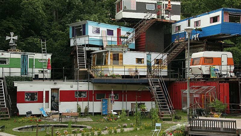 Best Trailer Park World Themovement