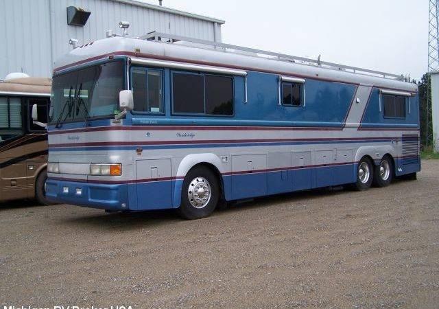 Blue Bird Wanderlodge Class Motorhome