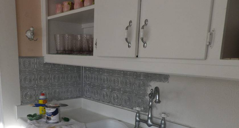 Can Paint Over Vinyl Tile Backsplash