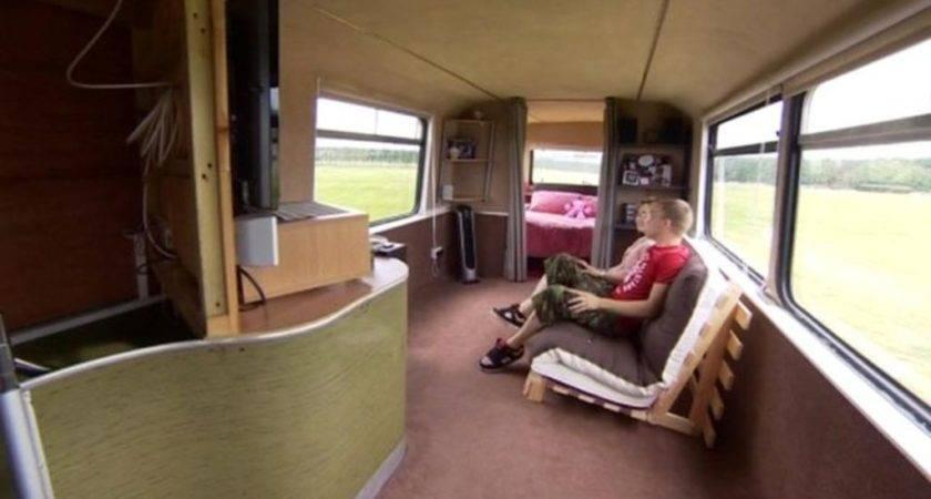Canterbury Couple Turn Bus Into New Home Bbc News