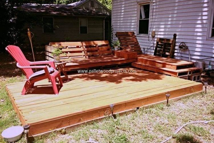 Diy Pallet Patio Decks Furniture Wood Projects
