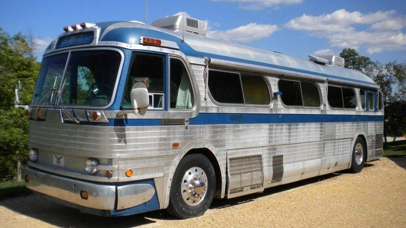 Eagle Buses Autos Post