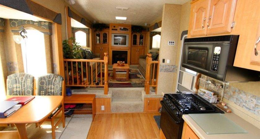 Fifth Wheel Campers Front Living Rooms Modern House