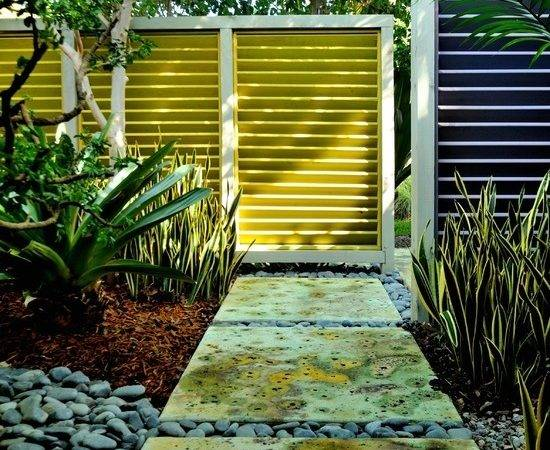 Garden Fence Ideas Protecting Your Privacy Yard