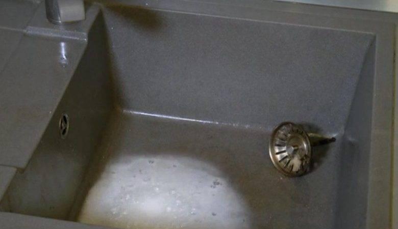 Get Rid Unpleasant Smell Kitchen Sinks