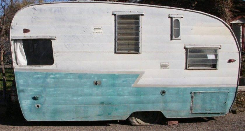 Glenwood Springs Couple Fully Restores Shasta Travel