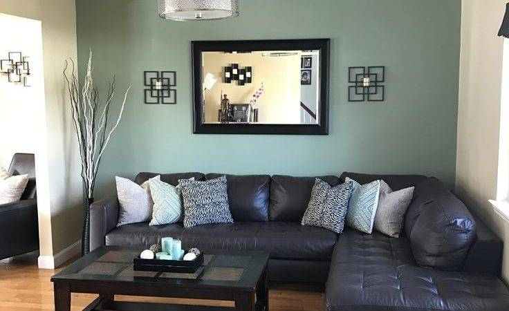 Green Accent Wall Living Room Ideas