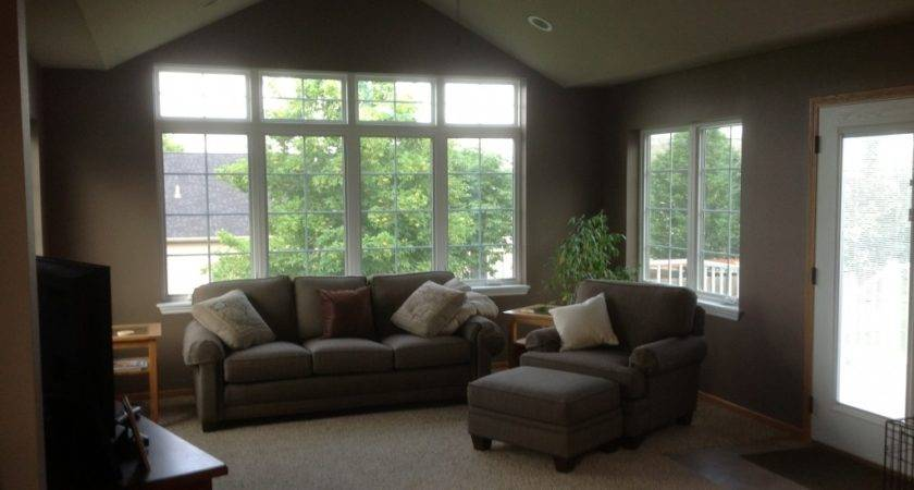 Home Town Restyling Living Room Addition
