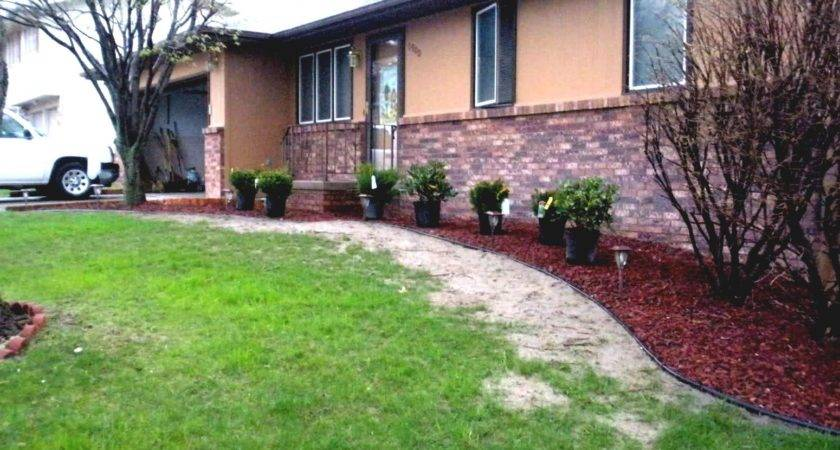 Ideas Front Ranch Style House Landscaping