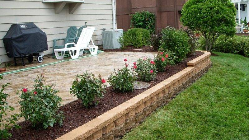 Landscaping Around Patio Sloped Front Yard Retaining Wall