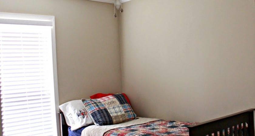 Little Brick House Ceiling Makeover Noah Room