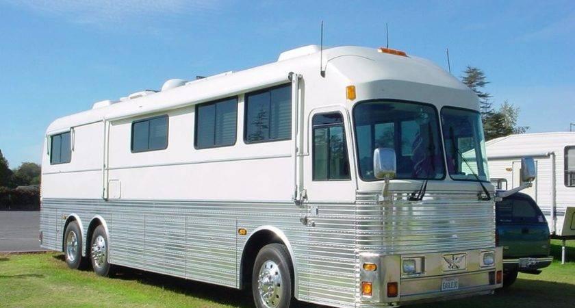 Motorhomes Buses