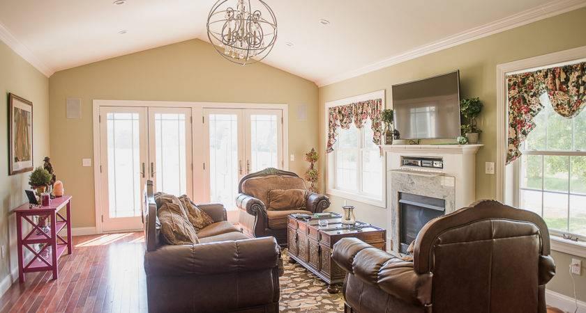New Living Room Addition Farm House Plaistow
