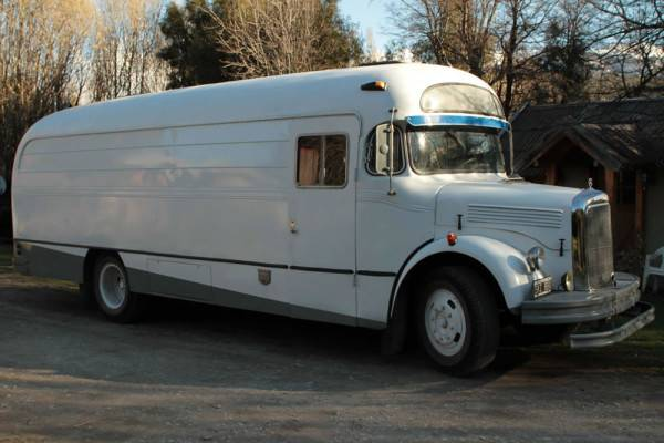 Off Grid Bus Motorhome Take Your Vacation Road