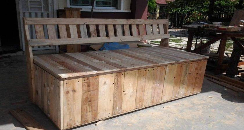 Outdoor Bench Pallet Storage Box