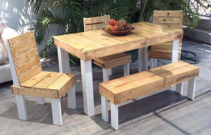 Outdoor Furniture Set Out Wood Pallet Ideas