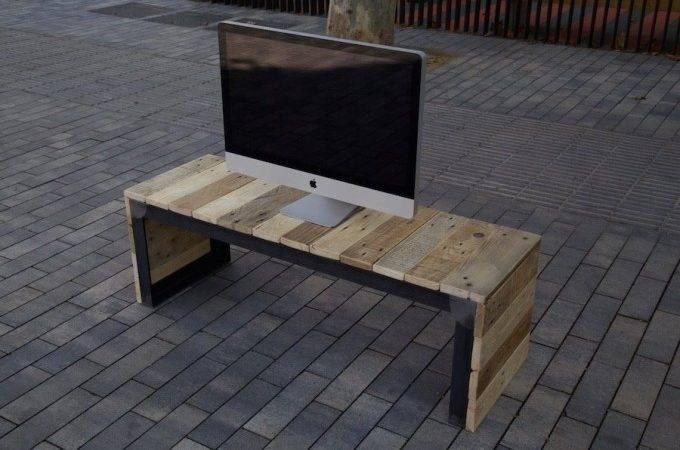 Reclaimed Pallet Stand Console Ideas