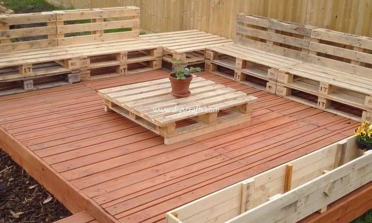 Recycled Wood Pallet Decks Diy Crafts