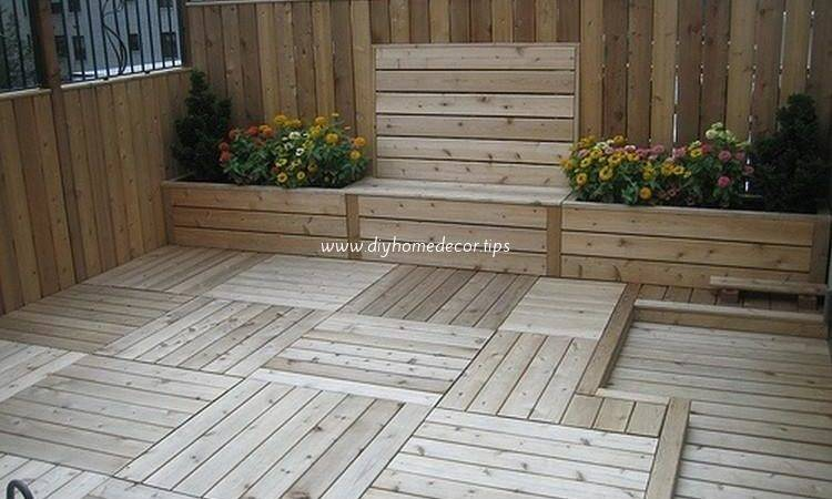 Recycled Wood Pallet Decks Diy Home Decor