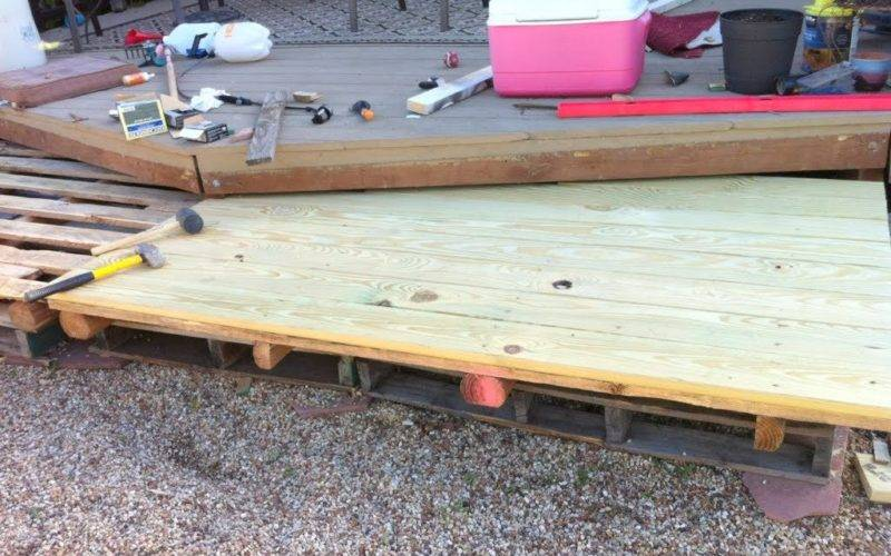 Remodelaholic Build Wooden Pallet Deck Under