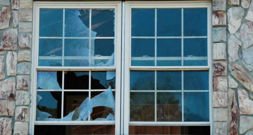 Replace Broken House Window Expert Installation