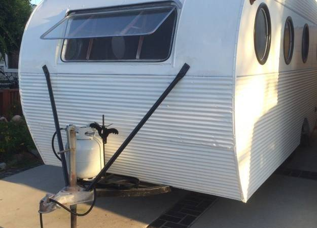 Restored Vintage Campers Airfloat Navigator