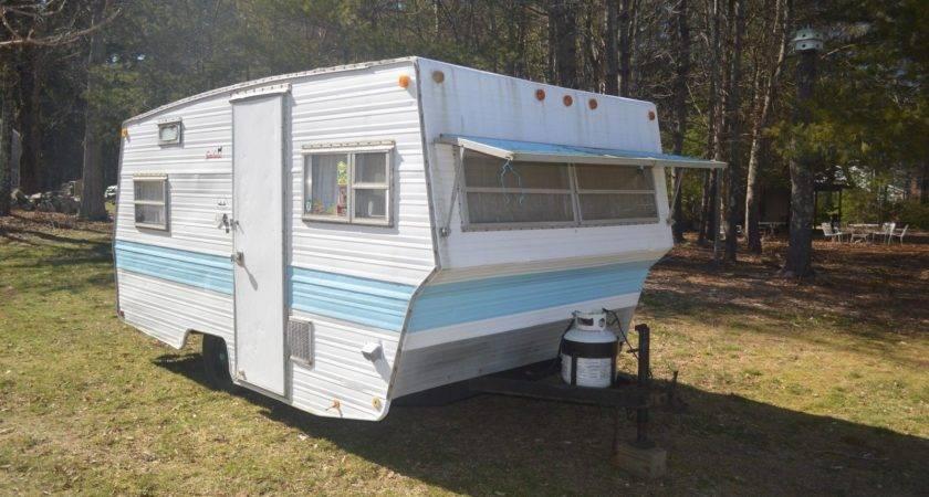 Retro Vintage Camper Travel Trailer Single Axle Easy