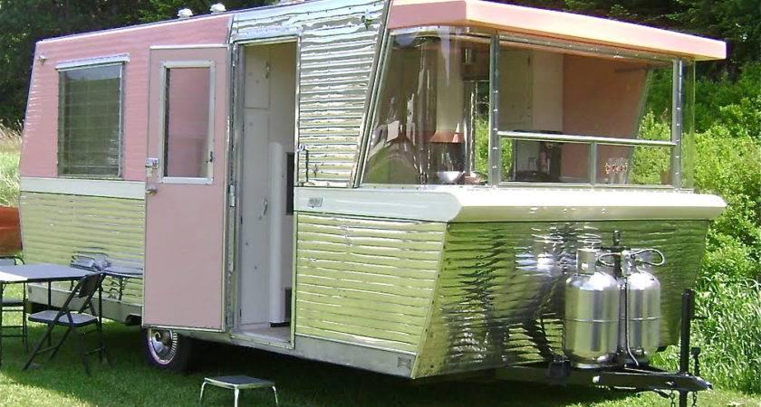 Road Warriors Vintage Trailers Campers Bring Style