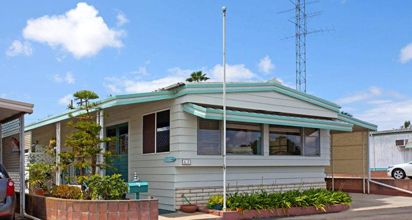 Senior Retirement Living Commodore Mobile Home