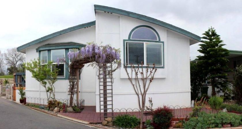 Senior Retirement Living Mobile Home Sale