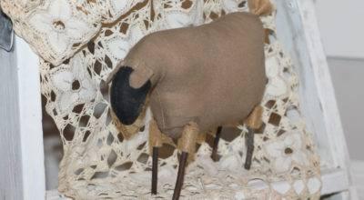 Sheep Lamb Primitive Country Decor