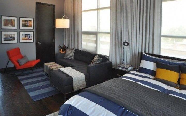 Simple Studio Apartment Bachelor Pad Strip Decoration