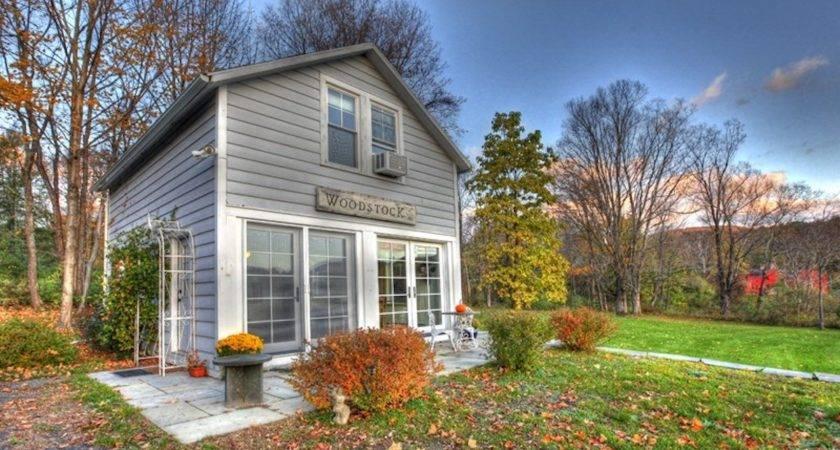 Small Barn House Woodstock Bliss