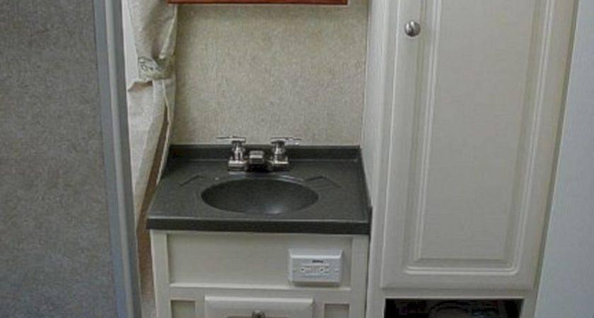 Small Camper Trailers Bathroom Decoor