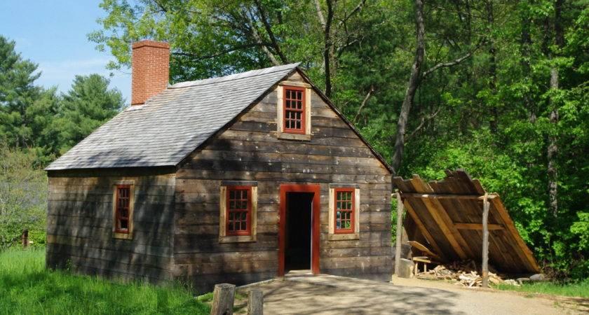 Sturbridgesmallhouse Wikimedia Commons