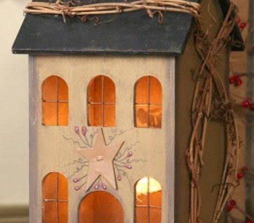 Tan Wooden Saltbox House Primitive Accent Light Lamp