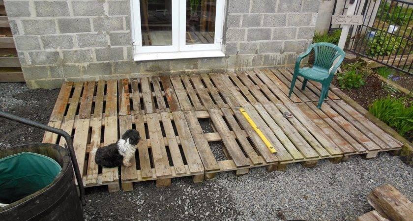 Tenacious Gardener Diy Pallet Wood Decking