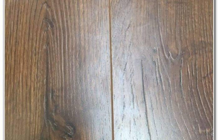 Top Bathroom Grade Laminate Flooring